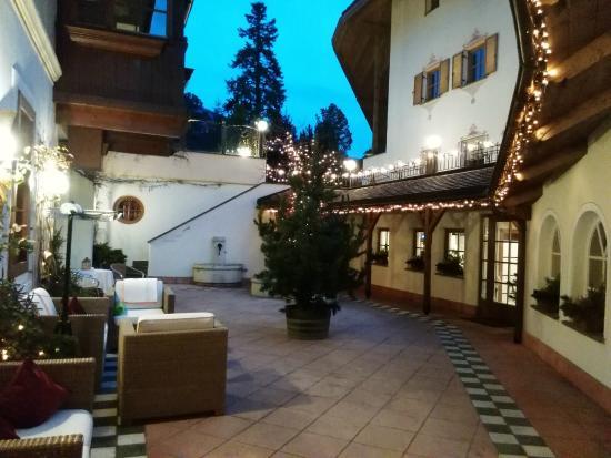 Hotel Luna Mondschein: Cortile interno