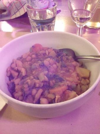 Il Minestraio: Zuppa di verdura con crostini di pane