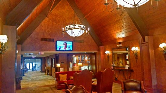 Odawa Hotel: entry to check in