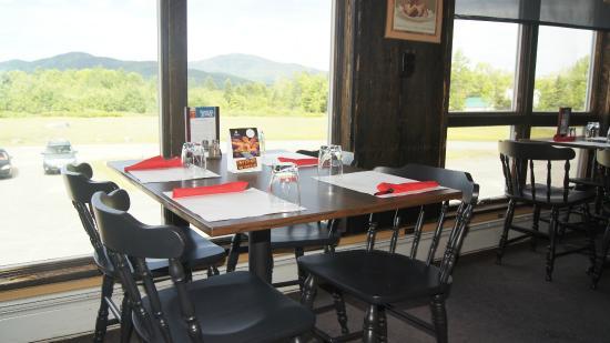 Trailside Restaurant & Lounge : Restaurant