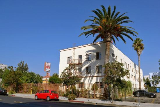 Hollywood Hotel Deals