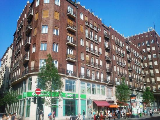 Paprika Apartments In City Center: Building of the apartment