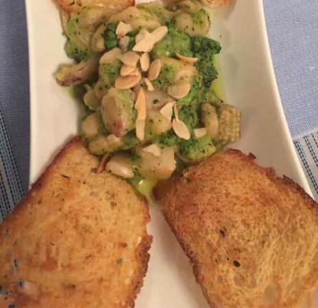 Tuna : Seppie e broccoletti
