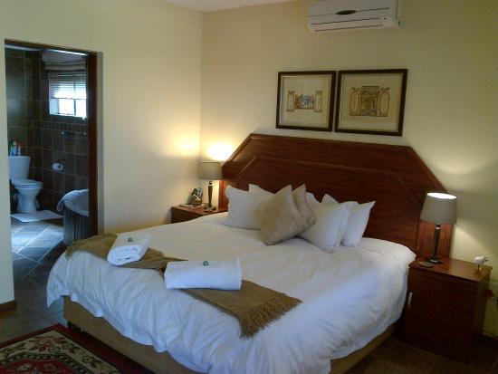Magalies Mountain Lodge: Room 1