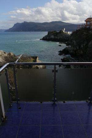 Kusna Butik Pansiyon: Balkon