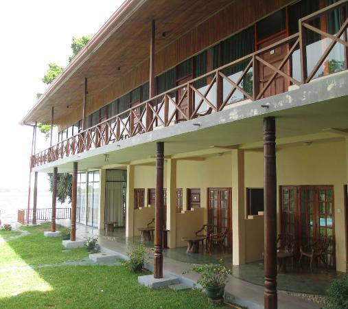 Taprospa Tissa : main building