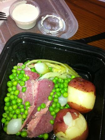 Julienne Tomatoes : St. Patrick's Day lunch special - Corned Beef & Cabbage