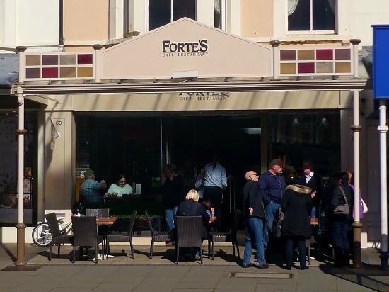 Forte's Cafe Restaurant: Fortes, Llandudno