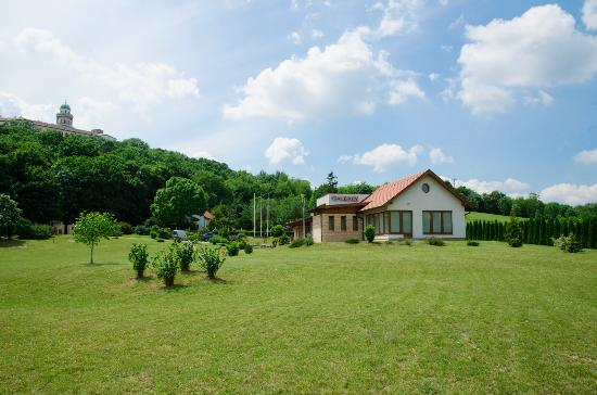 Pannonhalma, Ungarn: getlstd_property_photo