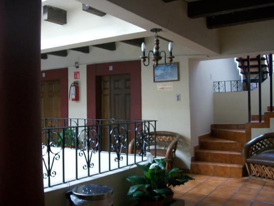 Hotel El Carmen: Pasillos