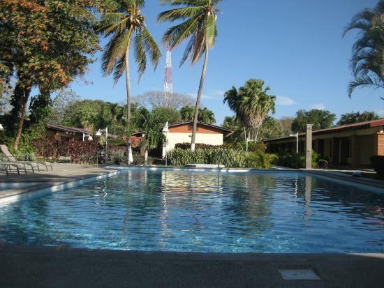 Las Espuelas Hotel: A 7am dip at 27C