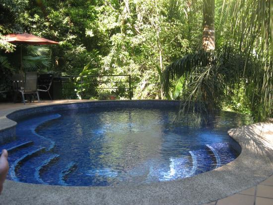 El Paseo del Mar: Pool area