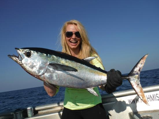 Blackfin tuna offshore deep sea fishing charter sanibel for Cape coral fishing charters