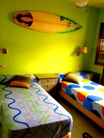 Tenerife Surfing Camp: Surfing Tenerife,