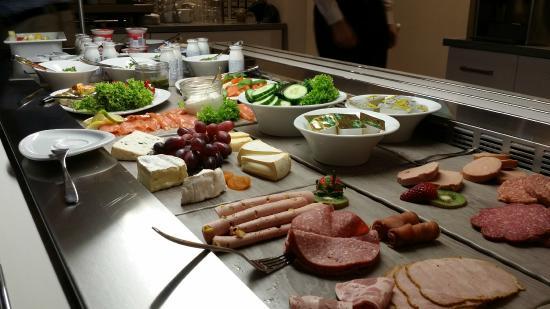Kaltes buffet bild von five seasons designhotel bremen for Designhotel 5 seasons bremen