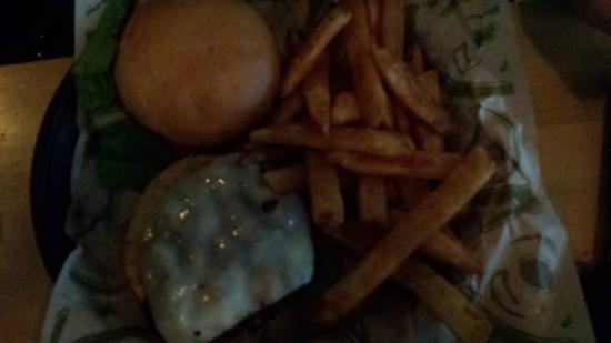 Ocean Shores, WA: Burger & fries