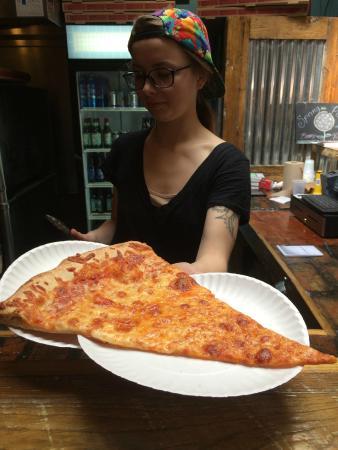 Benny's Vitali's Pizzeria
