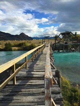 Estancia Cristina Lodge: on way to Duck pond. Gorgeous hikes around hotel