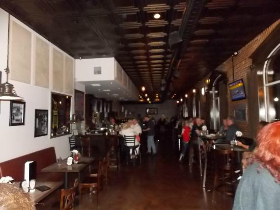 Main Street Tavern: the place is set