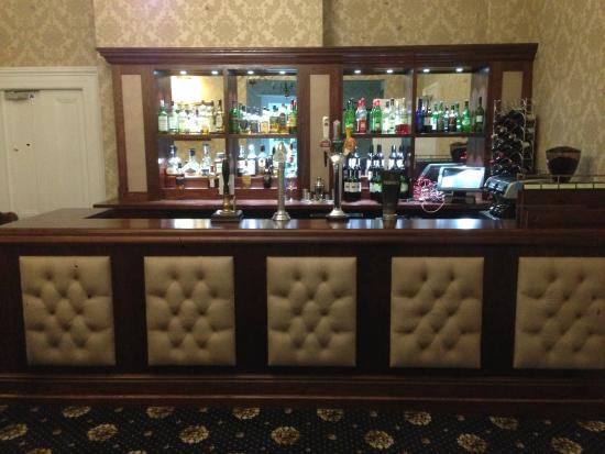 Hackness Grange Country House Hotel: The Lounge Bar