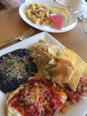 Plate : Huevos rancheros (foreground) and salmon scramble.