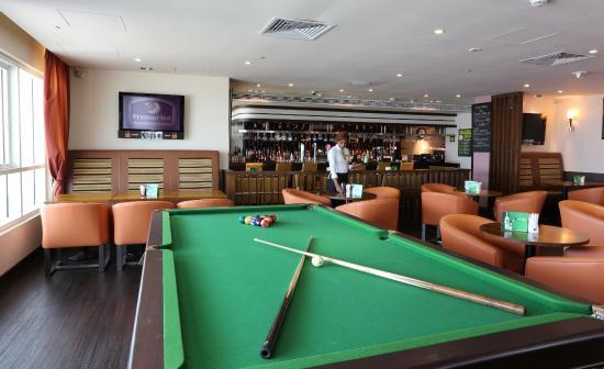 Premier Inn Dubai Silicon Oasis Hotel: Lounge Bar