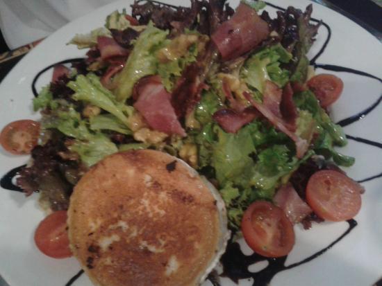 Los Amigos d Paco: Salad