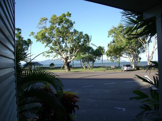 BIG4 Rowes Bay Beachfront Holiday Park: view from our cabin