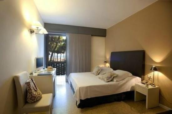 Hotel Mediterraneo: Camera De Luxe