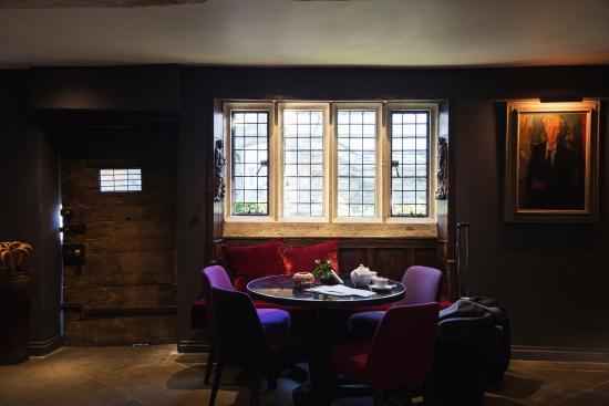 Old Parsonage Hotel : Old Parsonage - Reception/Bar Area