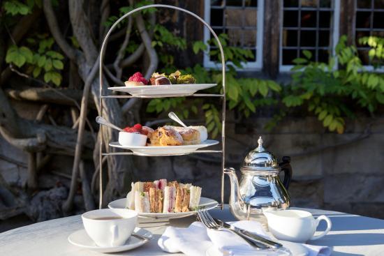 Old Parsonage Hotel : Old Parsonage - Afternoon Tea on Terrace