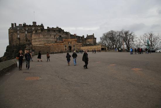 The Salisbury Hotel: Edinburgh Castle