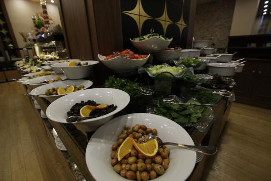 Silence Istanbul Hotel & Convention Center: Breakfast