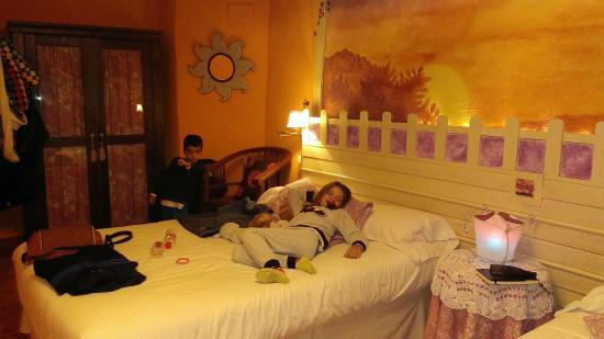 Casa El Pelaire : Habitación para 4 personas, primera planta