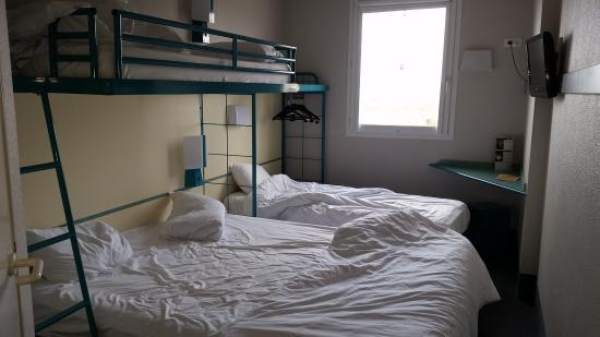 B&B Hotel Marne la Vallee Bussy: chambre pour 4