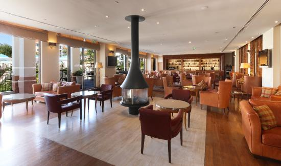 Hilton Vilamoura As Cascatas Golf Resort & Spa: Rubi Bar