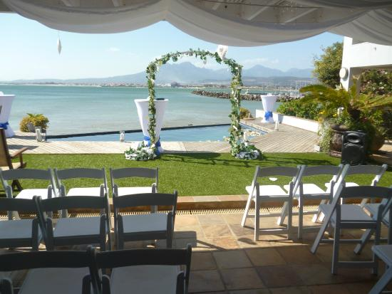 185 Beach Road Boutique Suites & Apartments: The wedding setting