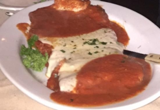Biagetti's Restaurant: The BEST Veal Parmigiana in CT !