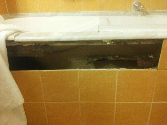 Hotel Apogia Lloyd Roma: nice bathroom 2