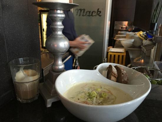 Bacalao: Fish soup. :0)