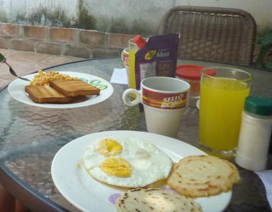 Hotel Casa Pedro Romero: Breakfast for two, small but tasty