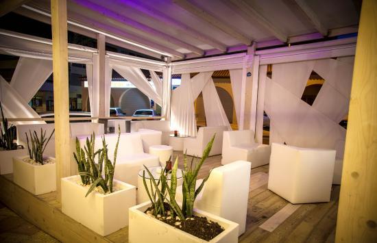 restaurante arrocera el rincn del faro terraza chill out para cuando la noche - Terrazas Chill Out