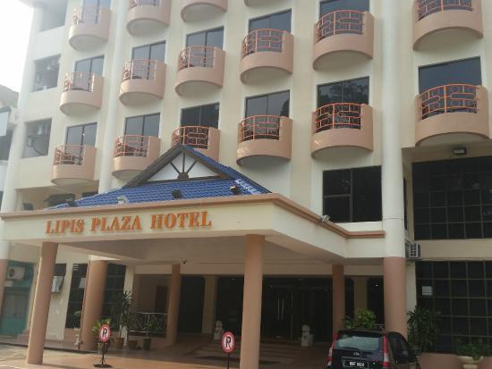 Lipis Plaza Hotel: Hotel exterior