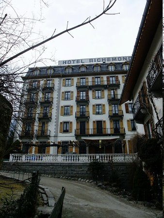Hotel Richemond: Hotel from the main street