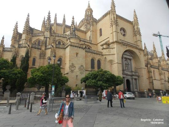 Catedral de Segovia: O exterior da Catedral de Segóvia