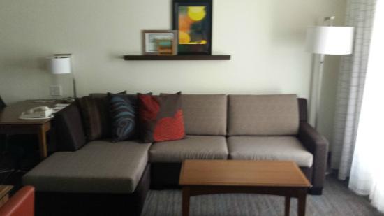 Residence Inn Daytona Beach Speedway/Airport : Living space