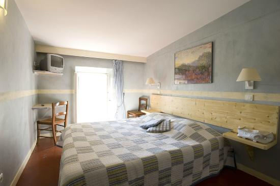Hotel du Vieux Chateau: Chambre avec vue