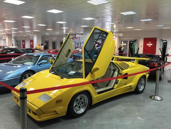 Adler, Russia: Очень интересный музей автомобилей на Автодроме