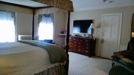 Harbor Light Inn: Room 22