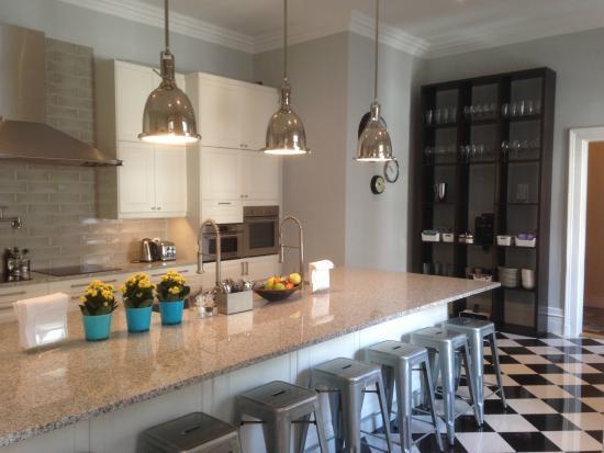 Kapital Inn breakfast kitchen